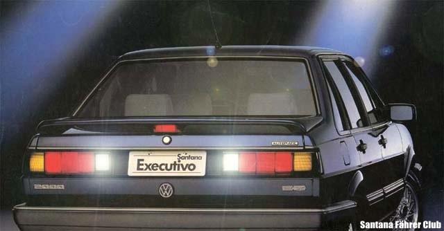 1990-SantanaEX-Traseira.jpg (30886 bytes)